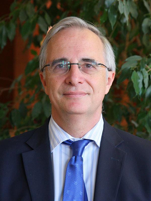 Dr. Carlos Delagdo Kloos