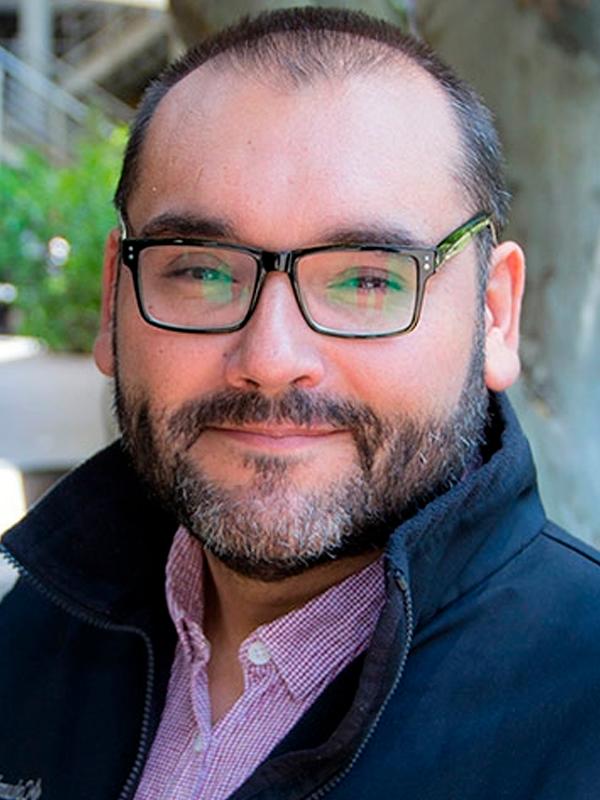 Dr. Oscar Jeréz